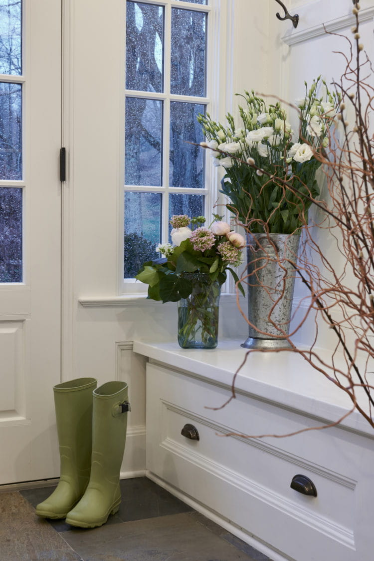 Benefits of Adding a Built-in Mudroom to your Home